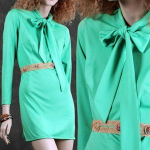 L/XL Vintage 1960s Mint Mini Dress Ascot